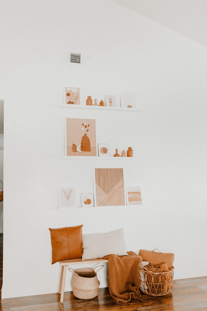 Simple Gallery Wall, Scandinavian