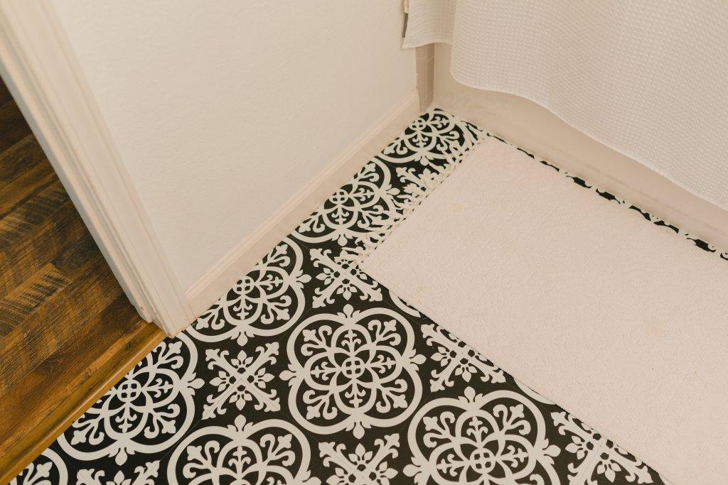 Floor Pops, Gothic